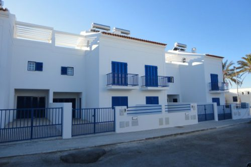 2 Bed Townhouse For Sale – Manta Rota