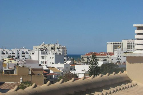 3+1 Bed Townhouse For Sale – Quarteira