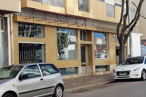 Commercial Store For Sale – Portimão