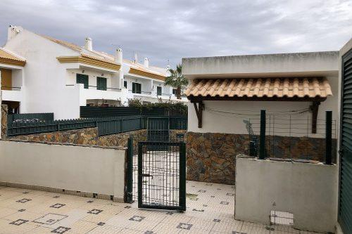 Maison 4 Pièces, 3 Chambres à Vendre – Albufeira
